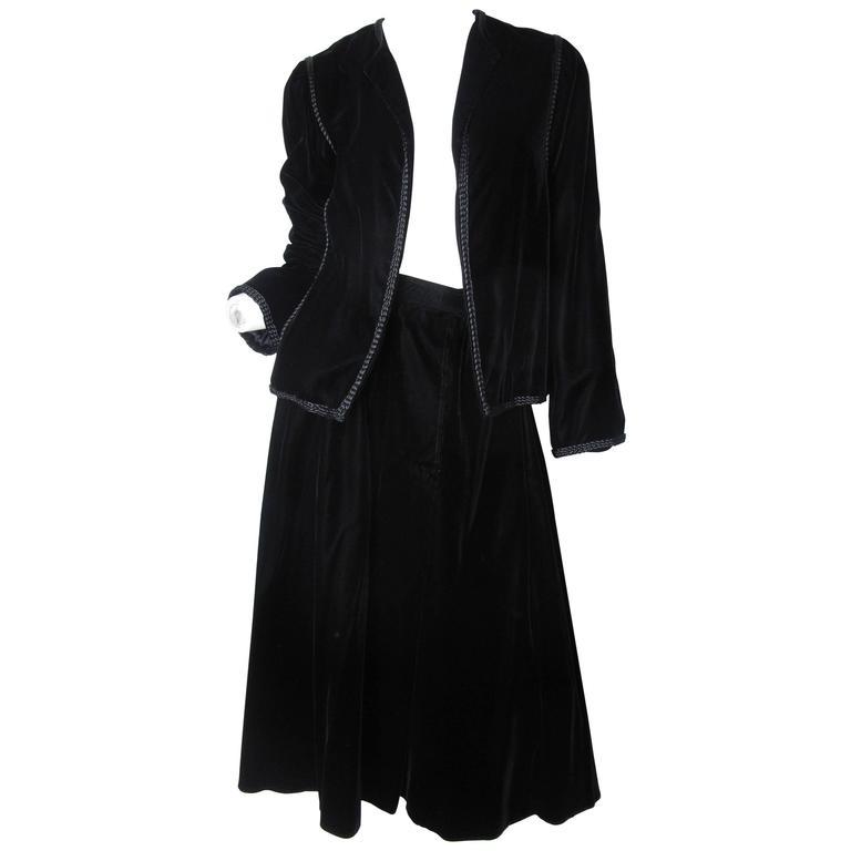 Oscar de la Renta Black Velvet Jacket and Skirt