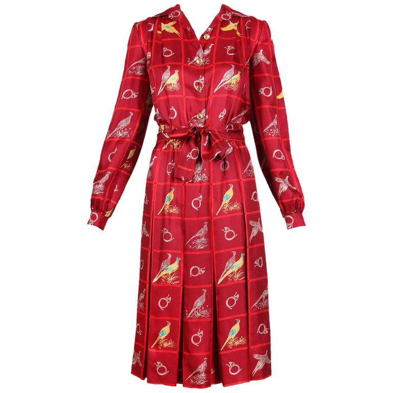 c1f19e3d9d0 Vintage Gucci Burgundy Silk Pleated Dress W  Pheasant   French Horn Print  For Sale