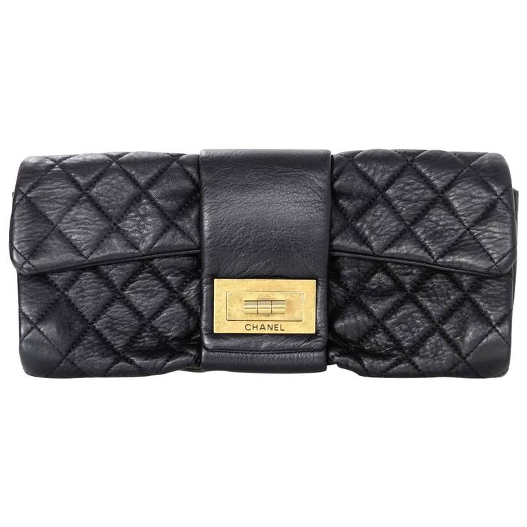 Chanel Black Quilted Leather 2.55 Reissue Clutch Bag For Sale
