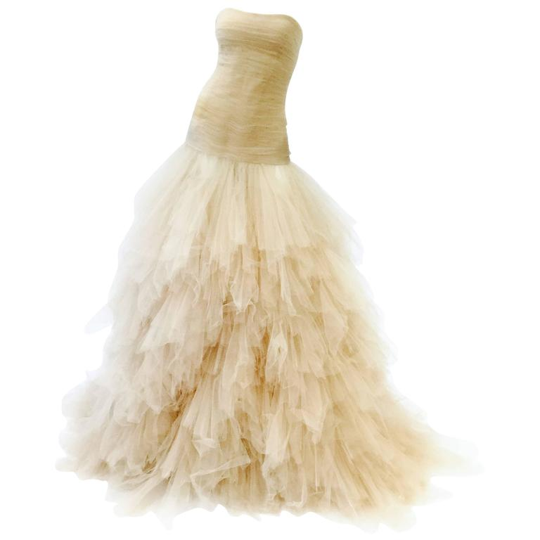 2007 Oscar de la Renta Nude Angular Tiered Tulle Ball Gown 6
