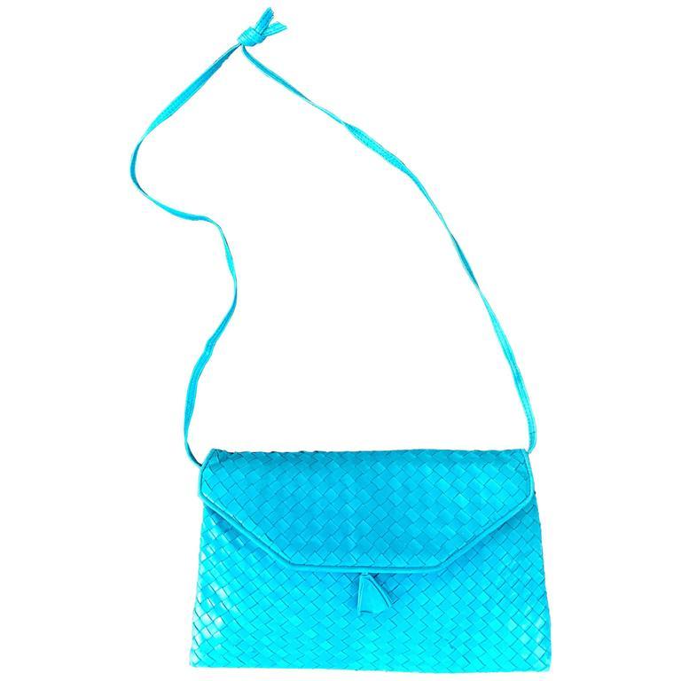 1970s Bonwit Teller Turquoise Blue Woven Leather Italian Made Shoulder Bag