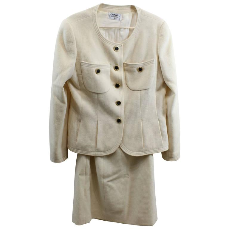Chanel Vintage Beige Suit with Golden Bouttons