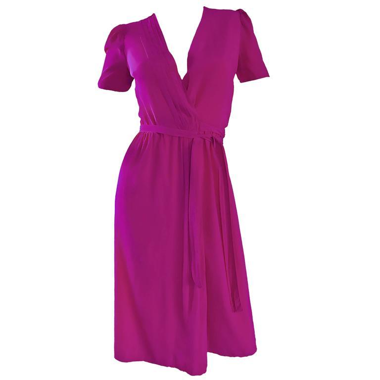 1970s Diane Von Furstenberg Vintage Shocking Hot Pink Silk Wrap Dress Size 2 / 4