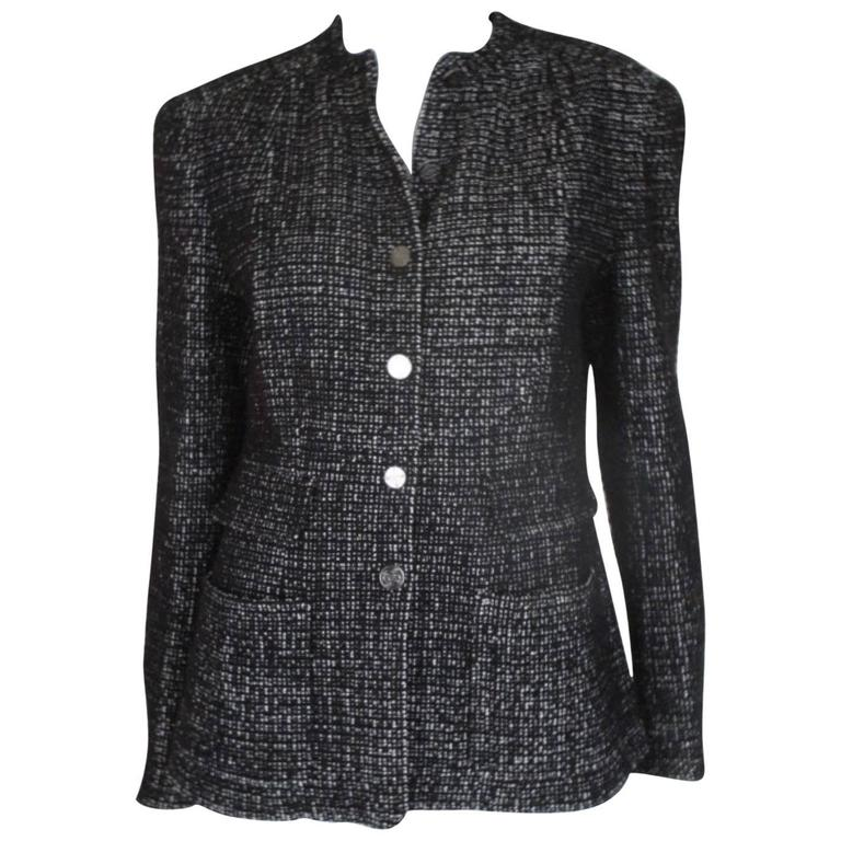 chanel 02 black and white wool blend tweed blazer 1