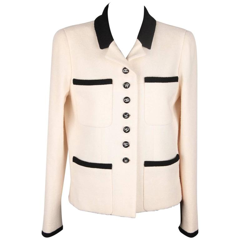 CHANEL BOUTIQUE 96P White & Black Wool Blend JACKET Blazer SIze 38 For Sale