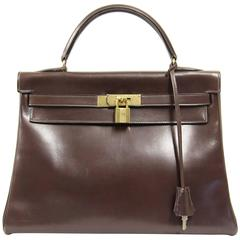 "1970 Hermès ""Kelly"" chocolate handbag"