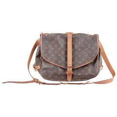 Authentic LOUIS VUITTON Monogram Canvas SAUMUR 35 MESSENGER BAG Rare