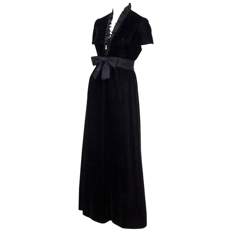 C 1970 Saks Fifth Avenue Black Velvet Maxi Dress With Plunging Neckline For