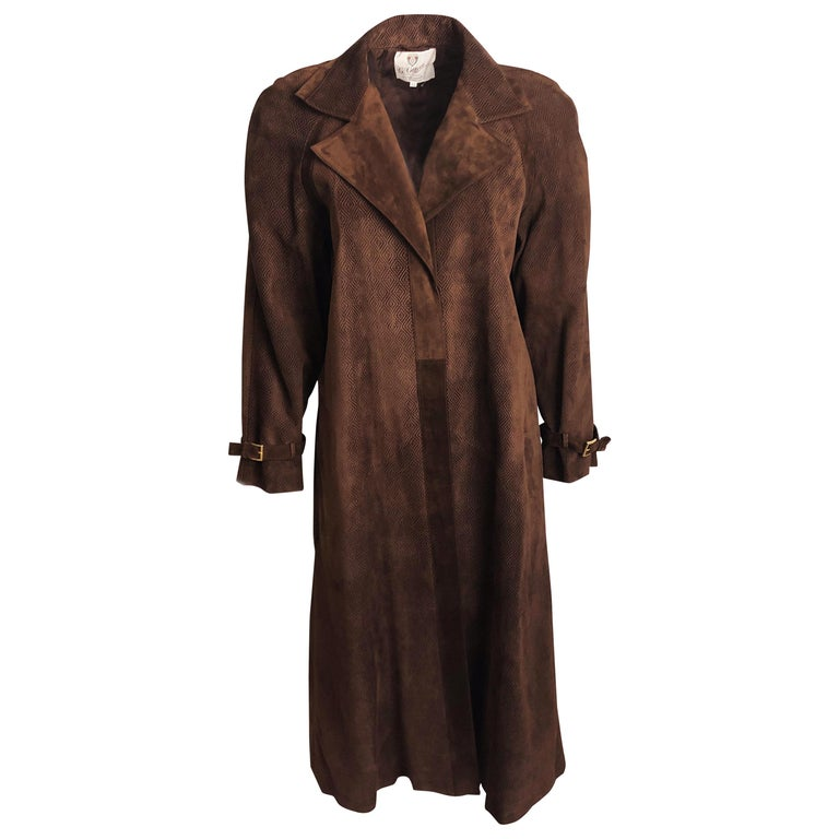 Gucci Long Textured Suede Coat with Matching Skirt 2pc Set Vintage Sz 42/46  For Sale