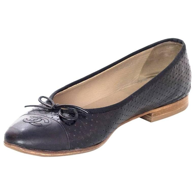 Chanel Black Leather Perforated Ballet Flats sz 41.5 1