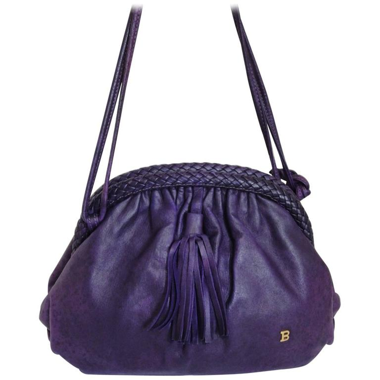 Vintage BALLY deep purple, violet leather pouch, clutch style shoulder bag. For Sale