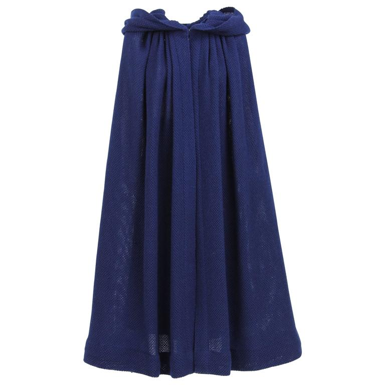 1970S Stop Sénès Blue Wool Cape-and-Skirt Enswmble For Sale