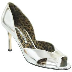 Manolo Blahnik Silver Patent Leather D'Orsay Cutout Heels - 39.5