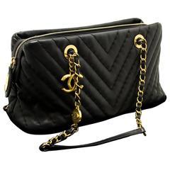 CHANEL V Stitch 2012 Chain Shoulder Bag Black Quilted Lambskin