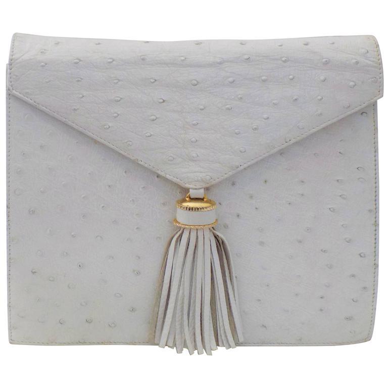 SISO Vintage white ostrich envelope clutch  - shoulder bag For Sale