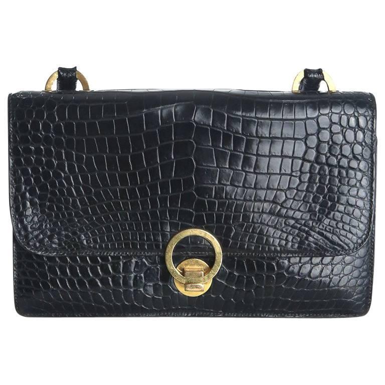 Hermes Black Crocodile Handbag with Ring Closure circa 1960s For Sale 7b6ee70015c19