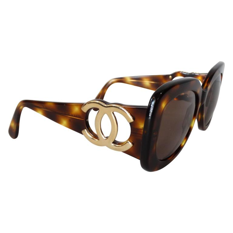 1990s Chanel Tortoise Shell Mod Sunglasses  For Sale