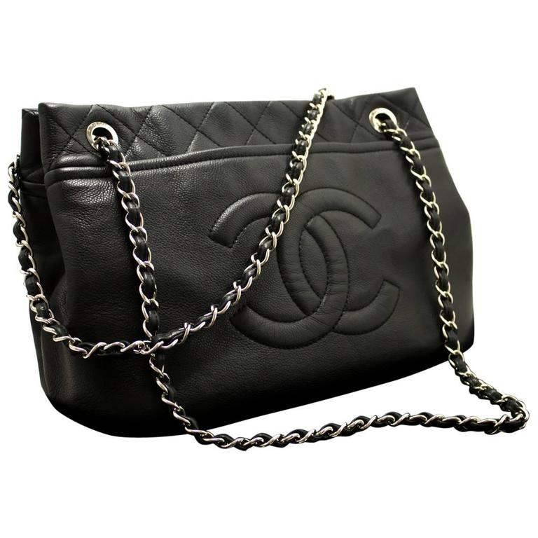 ae8ec4d6141d CHANEL Caviar Chain Shoulder Bag Crossbody Black Silver Quilted For Sale