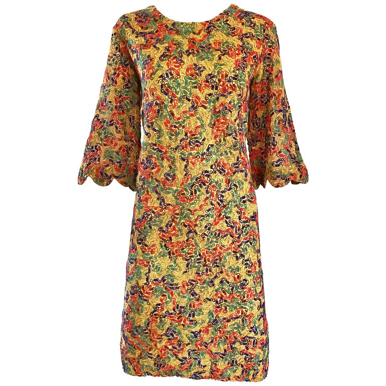 Amazing 1960s Colorful 60s Vintage Mod Shift Dress w/ Scalloped Bell Sleeves For Sale