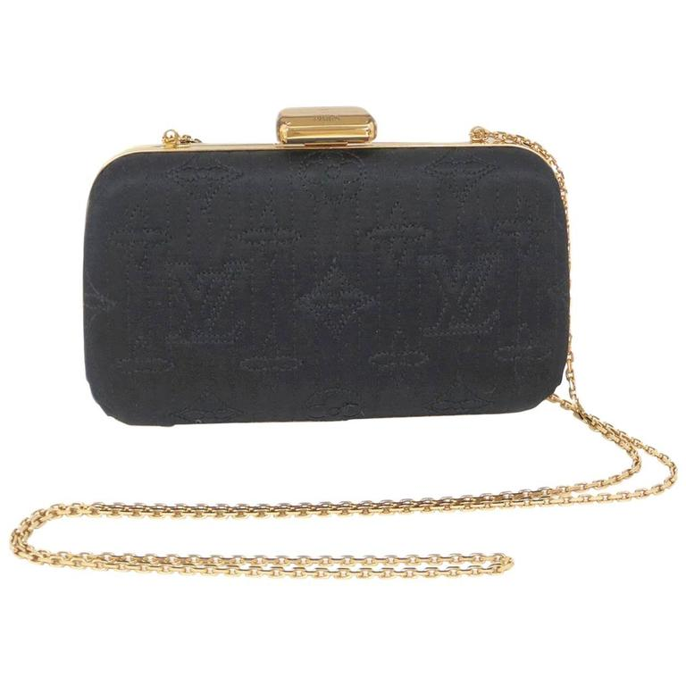 462a6638333 Louis Vuitton Limited Edition Black Logo Gold Chain Shoulder Clutch Bag For  Sale