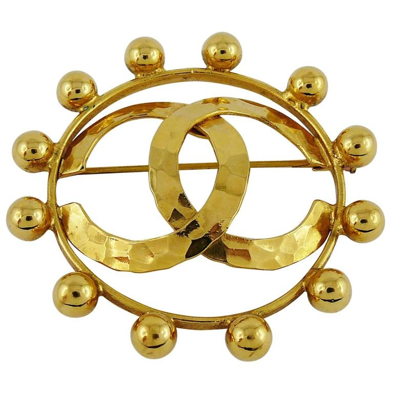 Chanel Vintage 1990 Massive Gold Toned CC Brooch 1