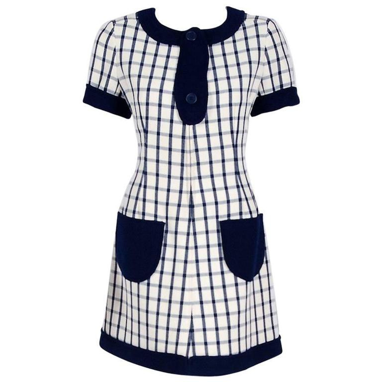 1967 Courreges Couture Navy-Blue Ivory Checkered Wool Mod Space-Age Mini Dress For Sale