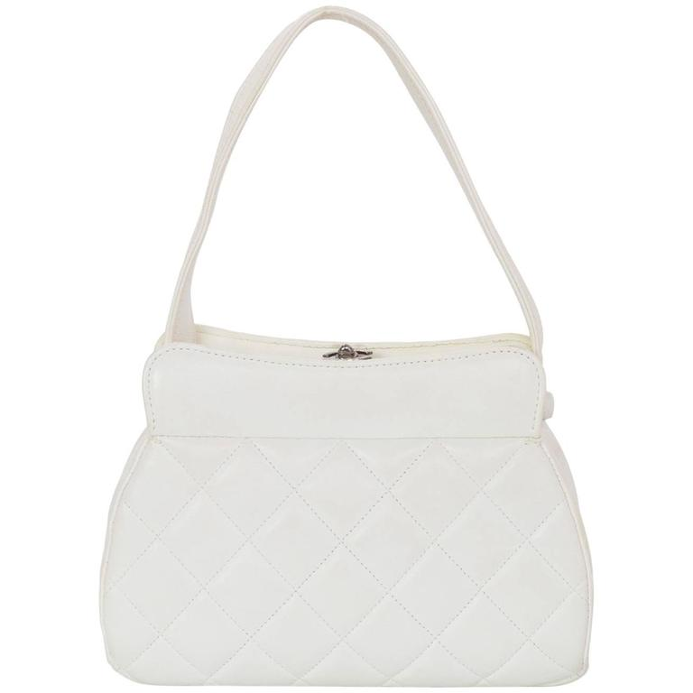 702a22f9098d Chanel Vintage White Leather Quilted Frame Bag For Sale at 1stdibs
