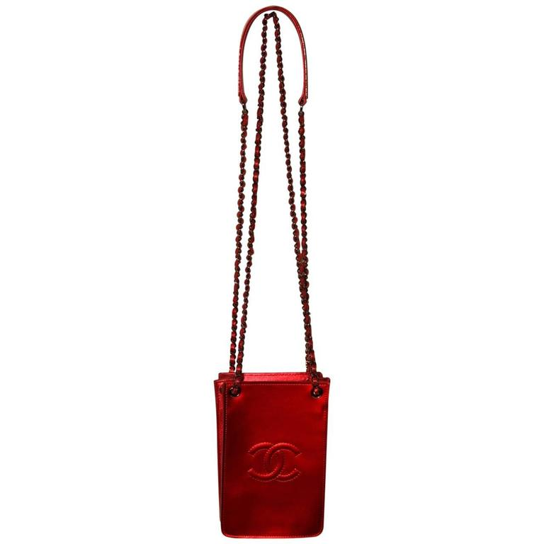 CHANEL Red Metallic Patent Leather Smartphone Bag