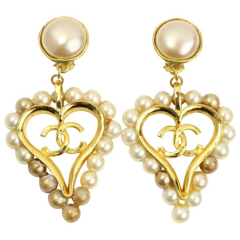 Chanel Faux Pearl Gold Toned Setting Cc Heart Shaped Clip On Earrings