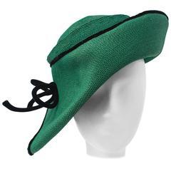 40s Green Straw Hat w/ Black Velvet Trim