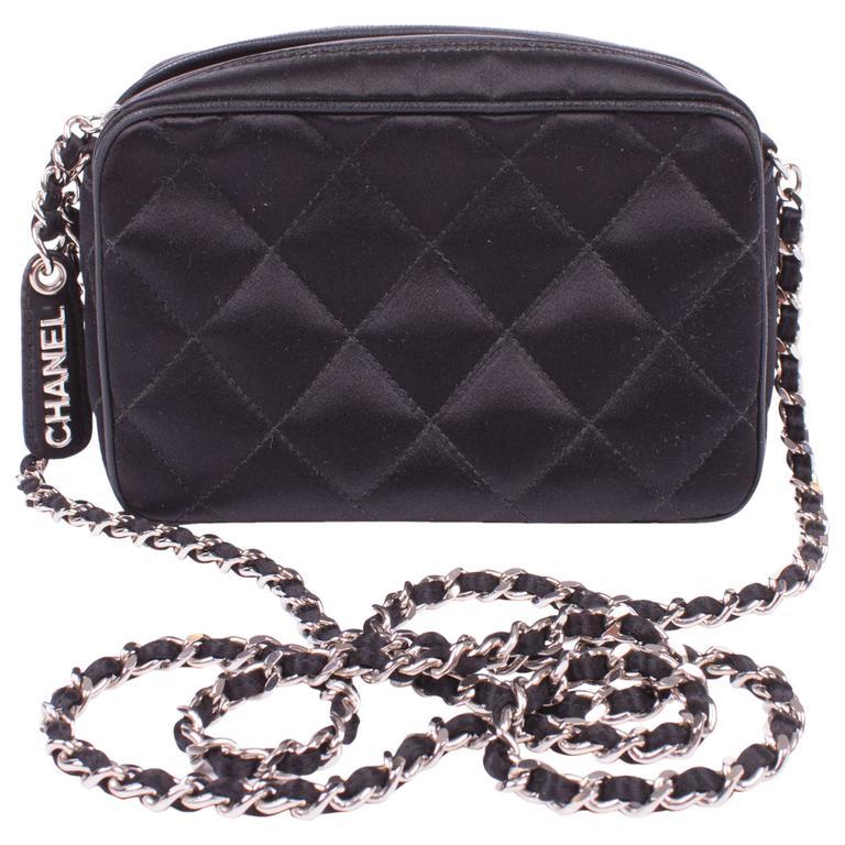 1997 Vintage Chanel clutch - zwart zijde/zilver