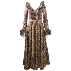 1970s Jean Varon Psychedelic Orange Print Ruffle Collar Dress