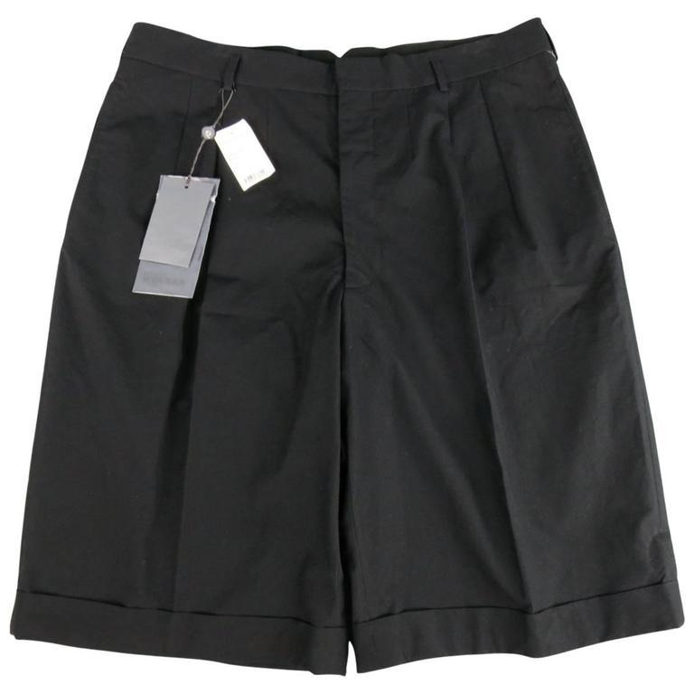 Men's ALEXANDER MCQUEEN Size 36 Black Cotton Pleated Cuffed Shorts 1