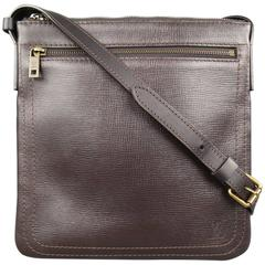 LOUIS VUITTON Brown Utah Leather POCHETTE SHAWNEE Crossbody Bag