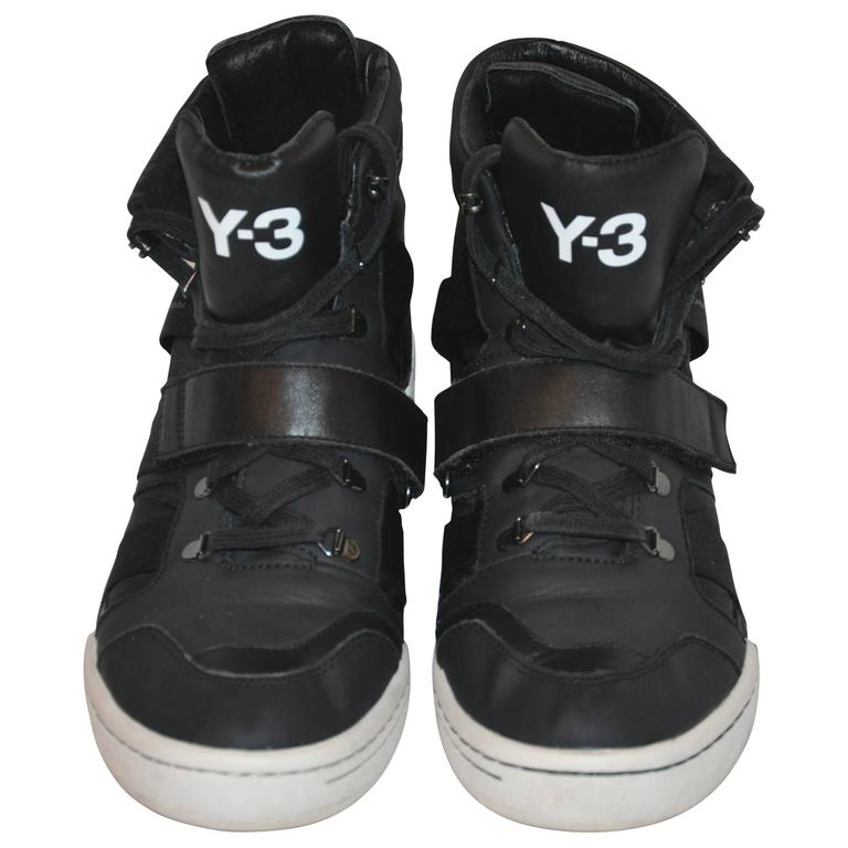 Yohji Yamamoto Black High-Top Lace-Up Sneakers For Sale