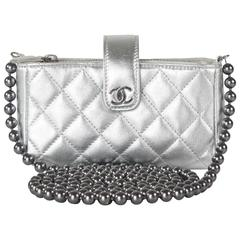 Chanel - New Pearl Crossbody Shoulder Bag - Silver Ocase CC Leather O Case Phone