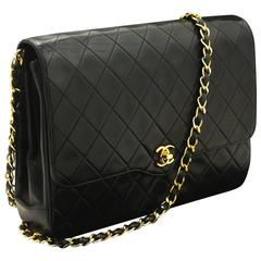 CHANEL Vintage Chain Shoulder Bag Black Quilted Flap Lambskin