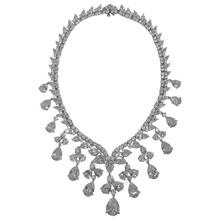 Magnificent Cubic Zirconia White Diamond  CZ Drop Fringe Collier Necklace For Sale