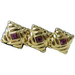 Loris Azzaro Brooch Fuchsia Gemstone Golden Metal Costume Jewerly Inlaid
