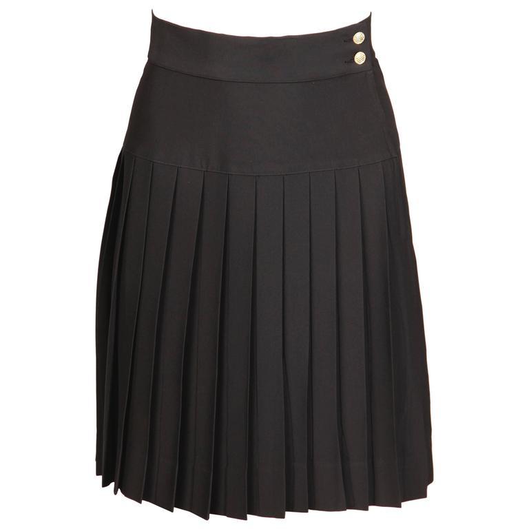 Chanel Vintage Black Pleated Skirt