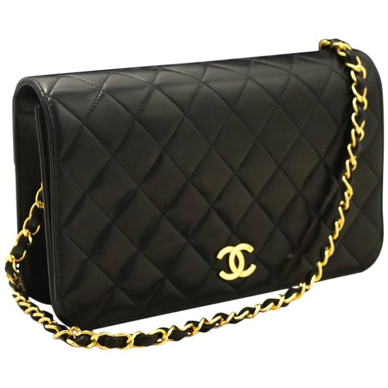 CHANEL Chain Shoulder Bag Clutch Black Quilted Flap Lambskin Purse  1