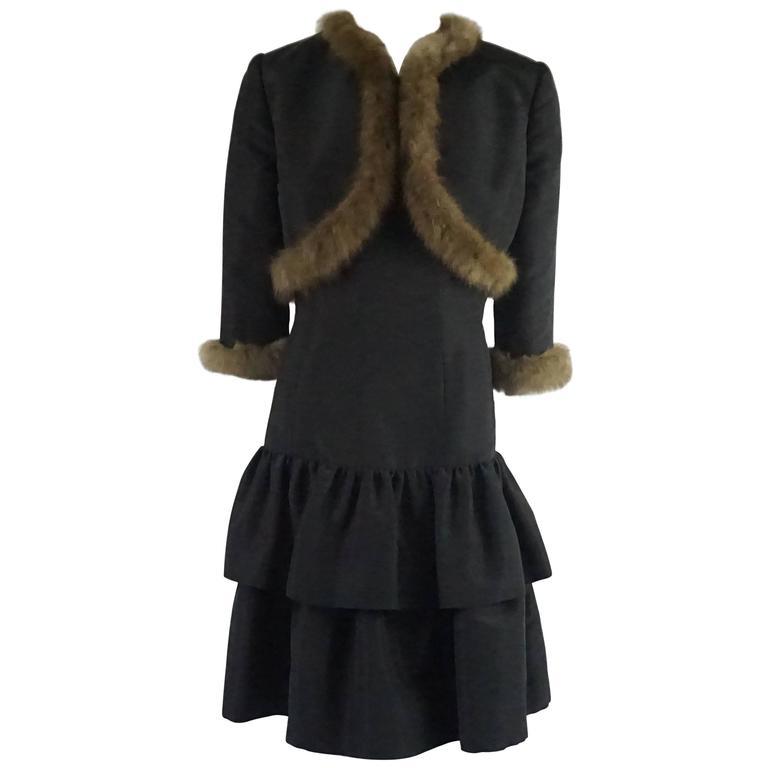 Oscar de la Renta Black Taffeta Dress and Jacket with Sable Trim - 10 For Sale