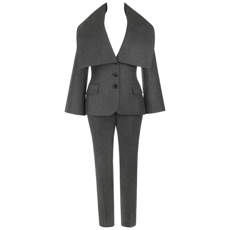 ALEXANDER McQUEEN Pre-Fall 2009 2 Piece Gray Wool Cashmere Blazer Pant Suit Set