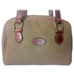 Vintage Mulberry khaki shoulder bag with fabric and brown leather mix trimmings.