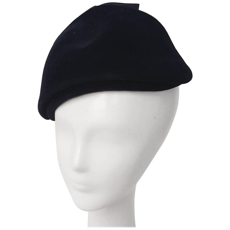50s Navy Felt Cap With Bow  For Sale