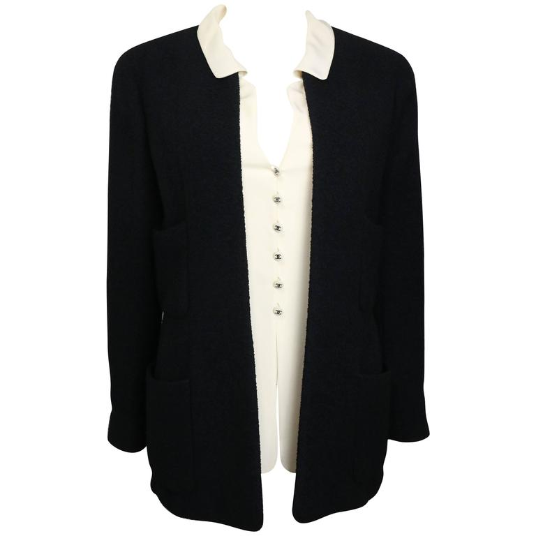 Chanel Black Boucle Wool Jacket with Beige Silk Detectable Collar Vest