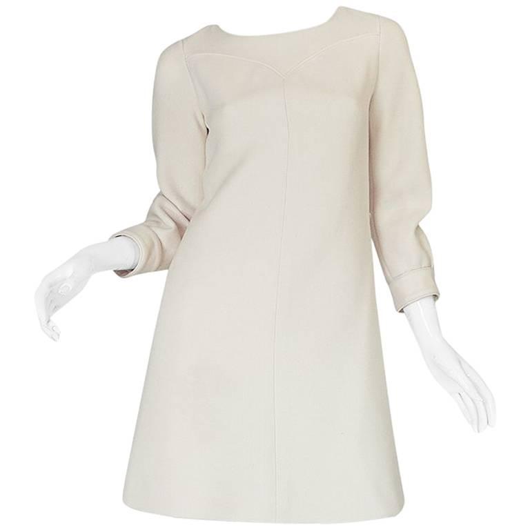 c1966 Courreges Haute Couture Mod Cream Dress For Sale