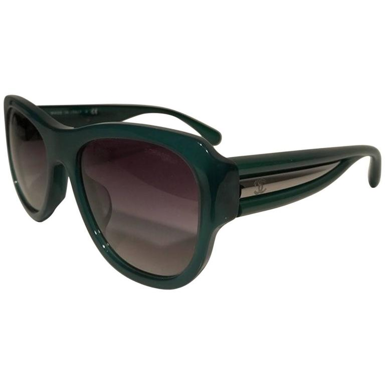 Chanel Rectangular Sunglasses Black Green 1