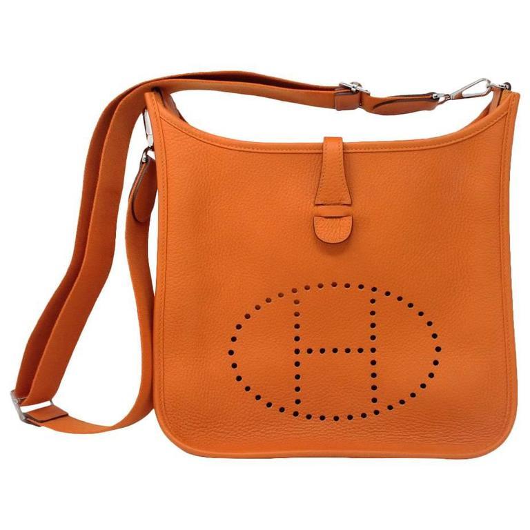 Hermes Fronde Hermès Carmin Crossbody Sac De Messager De Couleur Rouge Achats En Ligne Ua8feg2