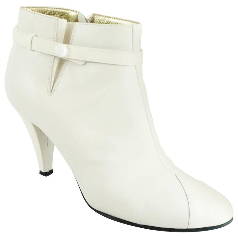 Chanel White Lambskin and Patent Leather Ankle Boots - 39.5 For Sale